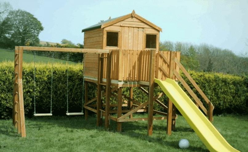Lauko mediniai vaikų nameliai